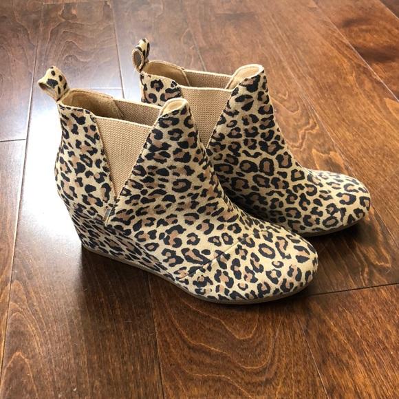 Desert Tan Leopard Print Suede Booties
